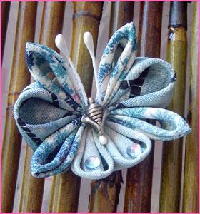 Puchi Maiko Kanzashi from Kimono Fabric